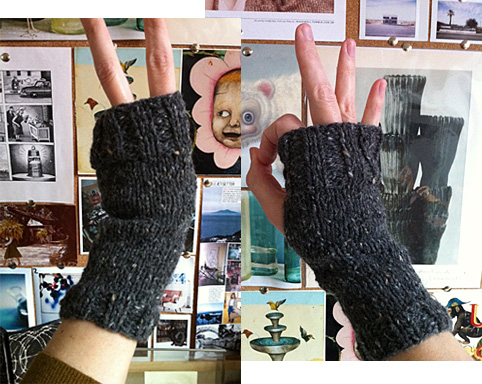 Super Easy Fingerless Gloves Knitting Pattern : Super Simple Mitts Fringe Association