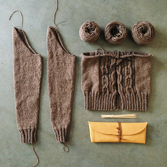 Acer cardigan progress — and a new long tool pouch!