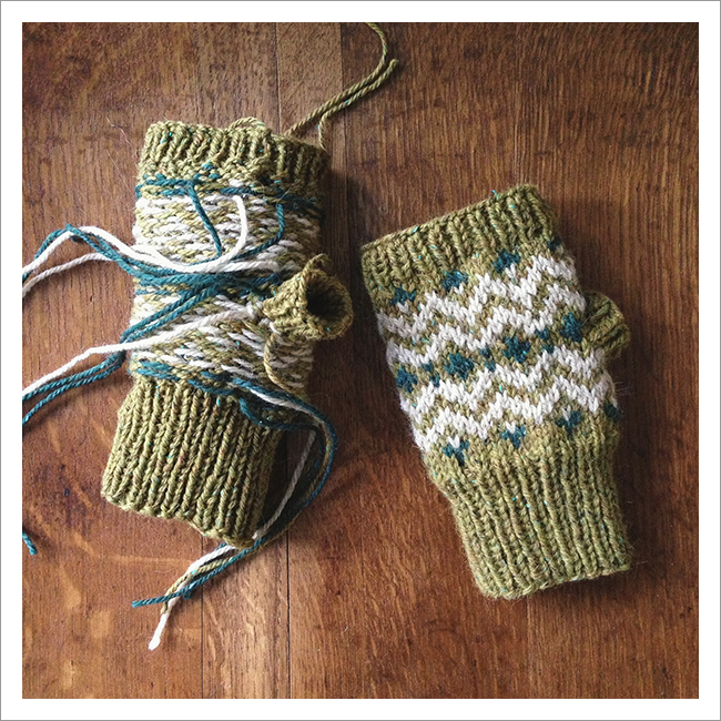 Muckle Mitts knitted by karentempler