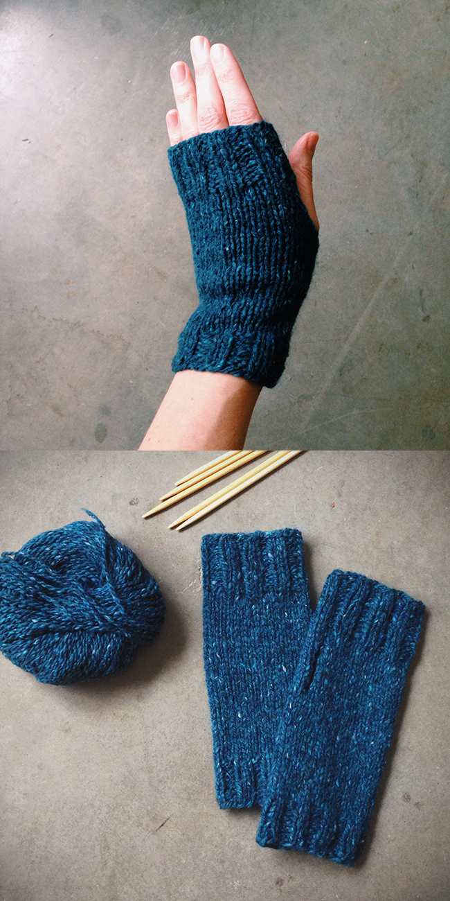 Knit Fingerless Gloves Pattern Free : Mitts for Miss Casey Fringe Association