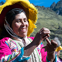 Give to Heifer International's Women Artisans in Peru Project