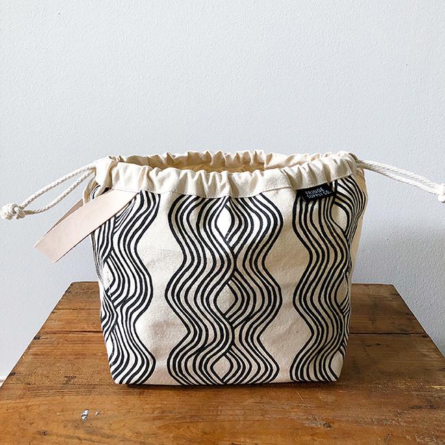 Jen Hewett x Fringe Field Bag — now available!